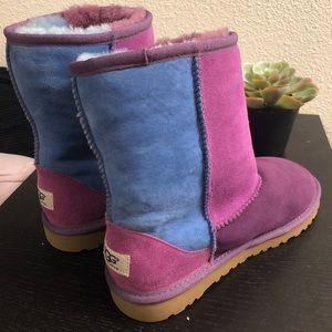NWOT Women's color block UGG boots